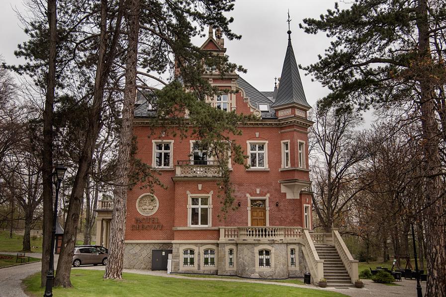 Hotel Dębowy Bielawa
